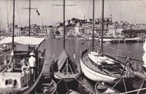 RP; CANNES, Le Port et le Suquet, Sail Boats, Alpes Maritimes, Cote D´Azur, ...