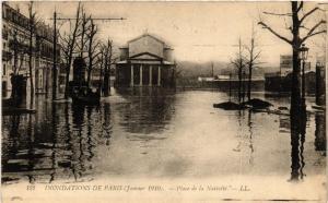 CPA PARIS Plce de a Nativite INONDATIONS 1910 (605683)