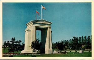International Peace Arch, Canada U.S. Border Vintage Postcard Y03
