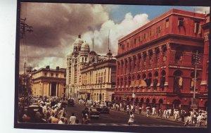 P1379 vintage unused postcard netaji subhas road calcutta india w/ autos people
