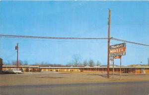 7318  OH Barberton     Macko´s Motel