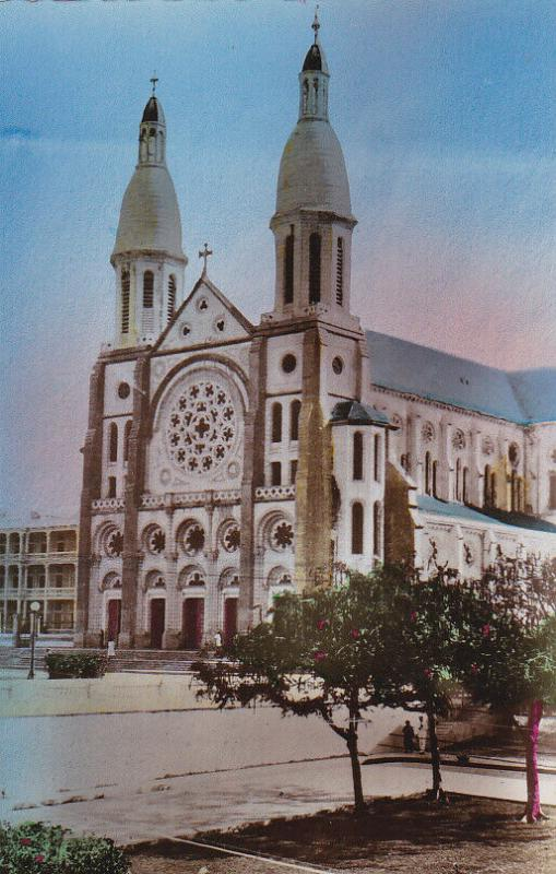 RP: The Cathedral , Port-au-Prince , Haiti , 20-30s