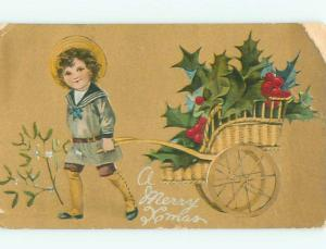 Divided-Back KIDS AT CHRISTMAS SCENE Great Postcard W8377