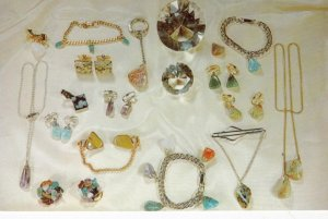 BEAN STATION, Tennessee, 1960s; Jewelery Made at Craft Shop at Big Chief Mote...