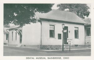 BAINBRIDGE, Ohio, 1950-1960s ; The Cradle of Dental Education