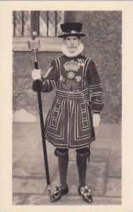 Head Warder In State Dress, Tower Of London, England, UK, 1910-1920s