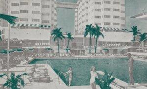 MIAMI BEACH , Florida , 1930-40s ; Sherry Frontenac Hotel , Swimming Pool