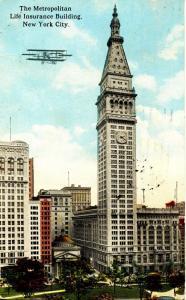 NY - New York City. Metropolitan Life Ins. Building, Aeroplane, ca 1913. Hold...