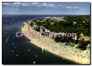 Modern Postcard Arcachon Moulleau Pereire in Arcachon background