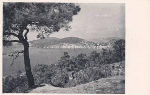 Bosphorous , Istanbul , Turkey , 20-30s