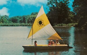 PRINCEVILLE , Illinois, 50-60s ; Sky Ranch Camp , sailing