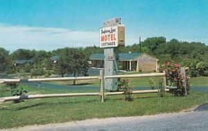 Massachusetts Cape Cod Bayberry Lane Motel & Cottages