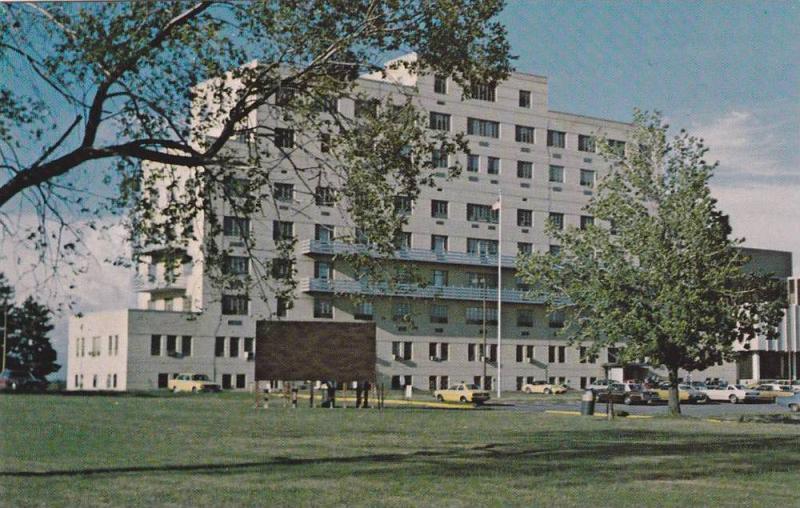 Exterior,  Ellis Fischel Cancer Research Center,  Columbia,  Missouri,   40-60s