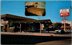 Eureka, California Postcard CITY CENTER MOTEL 4th & M Streets Roadside c1970s