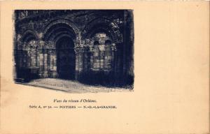 CPA Vues du reseau d'Orleans POITIERS - N.D.-La-Grande (255786)
