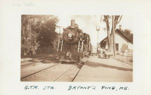 RP; BRYANT'S POND , Maine , 1929 ; G.T. Railroad Station w/train