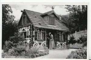 Germany Postcard - Knusperhauschen im Marchenhain, Niederheimbach  - Ref 17128A
