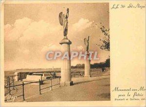 Postcard Modern Monument St Nazaire