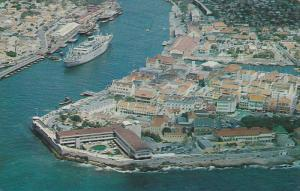 Hotel CURACAO, Picturesque waterfront overlooking the harbour entrance, Wilia...