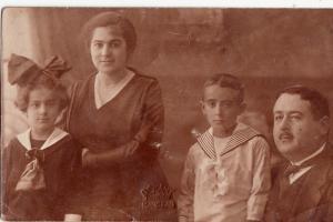 RPPC HUNGARIAN FAMILY PORTRAIT SOCIAL HISTORY FOTO DEKANY KARCZAG