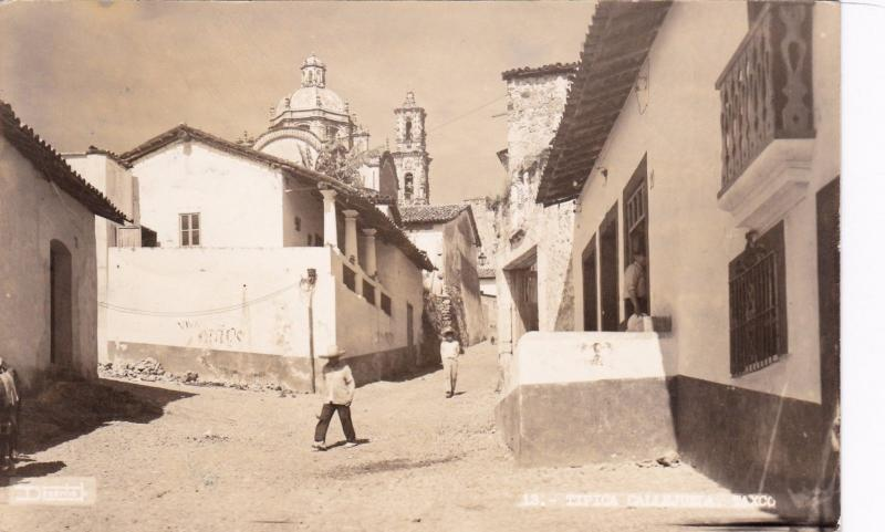 RP: TAXCO, Mexico, 30-40s; Street View