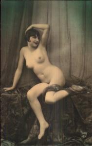 Beautiful Nude Woman c1920s Tinted Real Photo Card - Blank Backside gfz