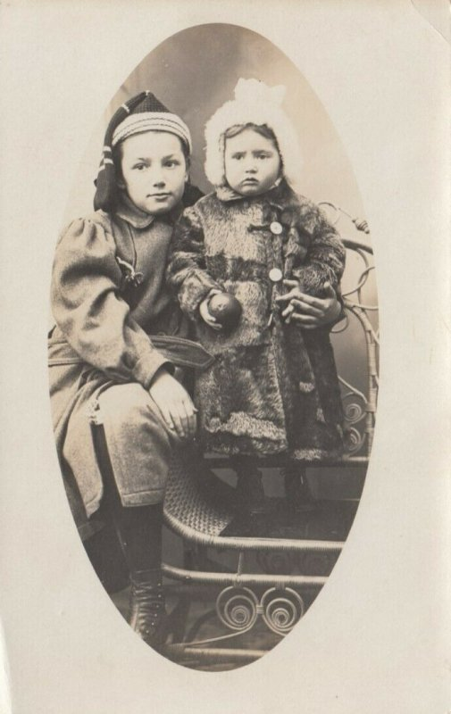 RP: Sisters Portrait in Winter clothes, 1901-07