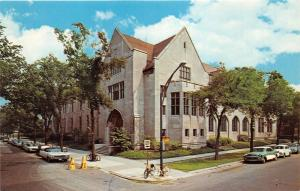 Illinois~University of Chicago-Oriental Institute~VW Beetles & Chevy Car~1965 Pc