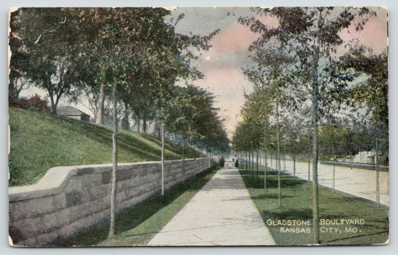 Kansas City Missouri~Gladstone Boulevard~Ladies-Little Girl on Sidewalk~c1905