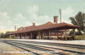 LPS47 VINTON Iowa Passenger Train Station Rock Island System Postcard