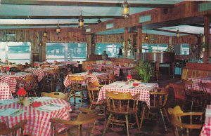 MIAMI , Florida , 50-60s ; Mike Gordon Seafood Restaurant interior