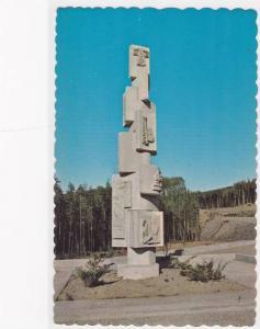 Roadside Monument at W.A.C. Bennett Dam , HUDSON HOPE , B.C. , Canada , 40-60s