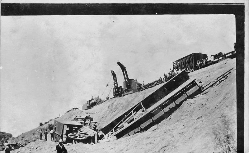 Aldrich Minnesota~Train Wreck~Shows Cranes Lifting Engine Days Later~RPPC