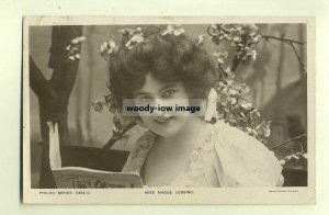 su0143 - Stage Actress - Madge Lessing - postcard
