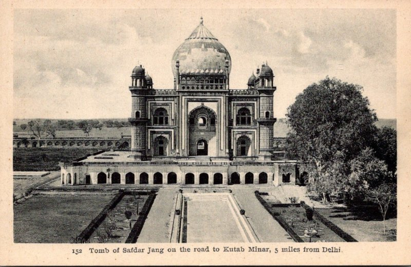 Indian Delhi Tomb Of Safdar Jang On The Road To Kutab Minar