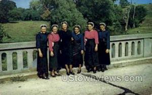 Group of Amish Girls Lancaster PA 1962