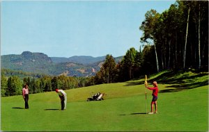 Ste. Adele-en-haut QC Chantecler Golf Course Golfers Postcard G29