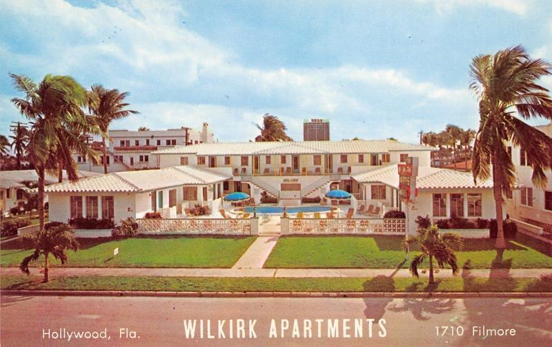 Hollywood Florida~Wilkirk Apartments~Pool Courtyard~Filmore Street~1965 Postcard