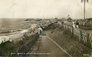 Postcard UK England Clacton-On-Sea, Essex