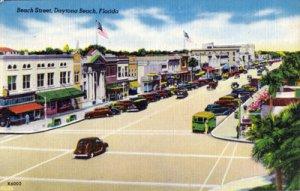 DAYTONA BEACH, great view of Beach Street full of OLD cars, 1930s