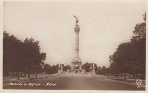 RP: MEXICO CITY ;  Paseo de la Reforma ,  Mexico , 30-40s