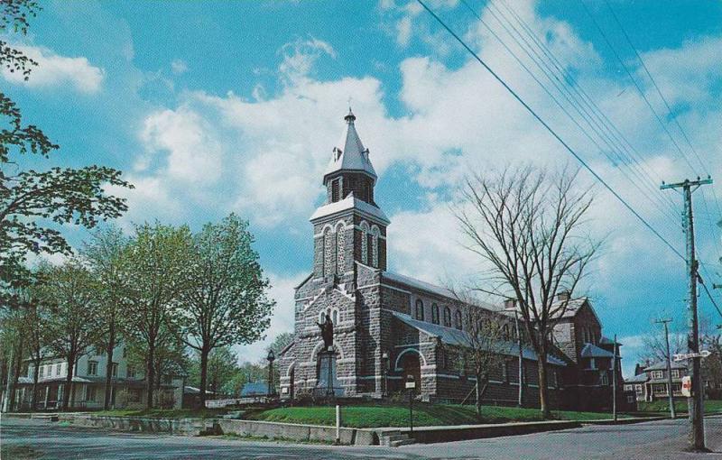 Street view,  The Parish Church,  St-Gabriel De Brandon,  Quebec,  Canada,  4...