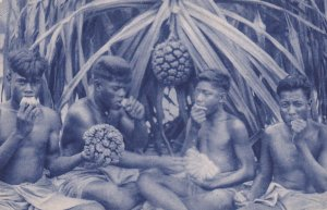 Missions D'Oceanie , South Pacific , Natives eating fruit 1910-30s