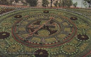 Floral Clock, West PrincesSt. Gardens, Edinburgh, Scotland, United Kingdom, 0...