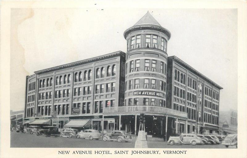 Saint Johnsbury VT~Rotund Turret~New Avenue Hotel~1940s B&W Postcard