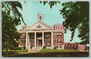 Wilmore Kentucky~Asbury College~Administration Building~Vintage Postcard