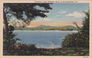 Massachusetts Pittsfield Pontoosuc Lake In the Berkshires