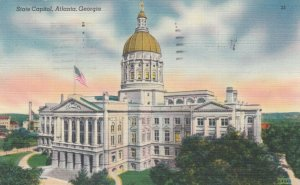 ATLANTA , Georgia , 30-40s ; State Capitol