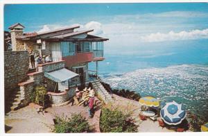 Le Perchoir Restaurant, La Belle Creole terrace, PORT-AU-PRINCE, Haiti, 40-60s