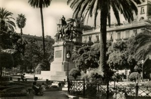 Spain - Valencia.  Monument to the King D. Jaime 1st  RPPC
